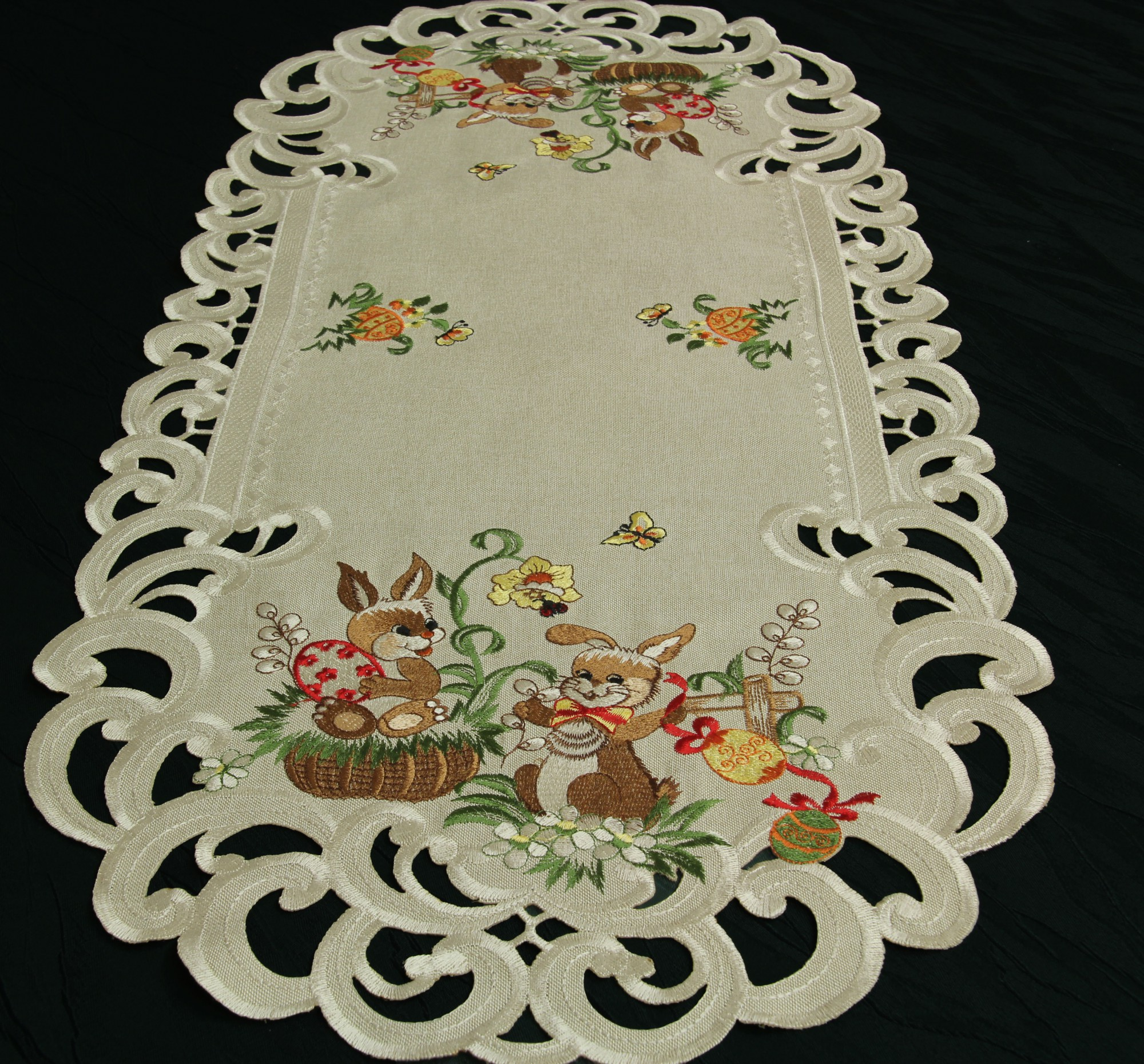 Easter Table runner Doily Tablecloth Linen look Beige  : Ostern06 2276 from www.ebay.com size 2000 x 1861 jpeg 1050kB