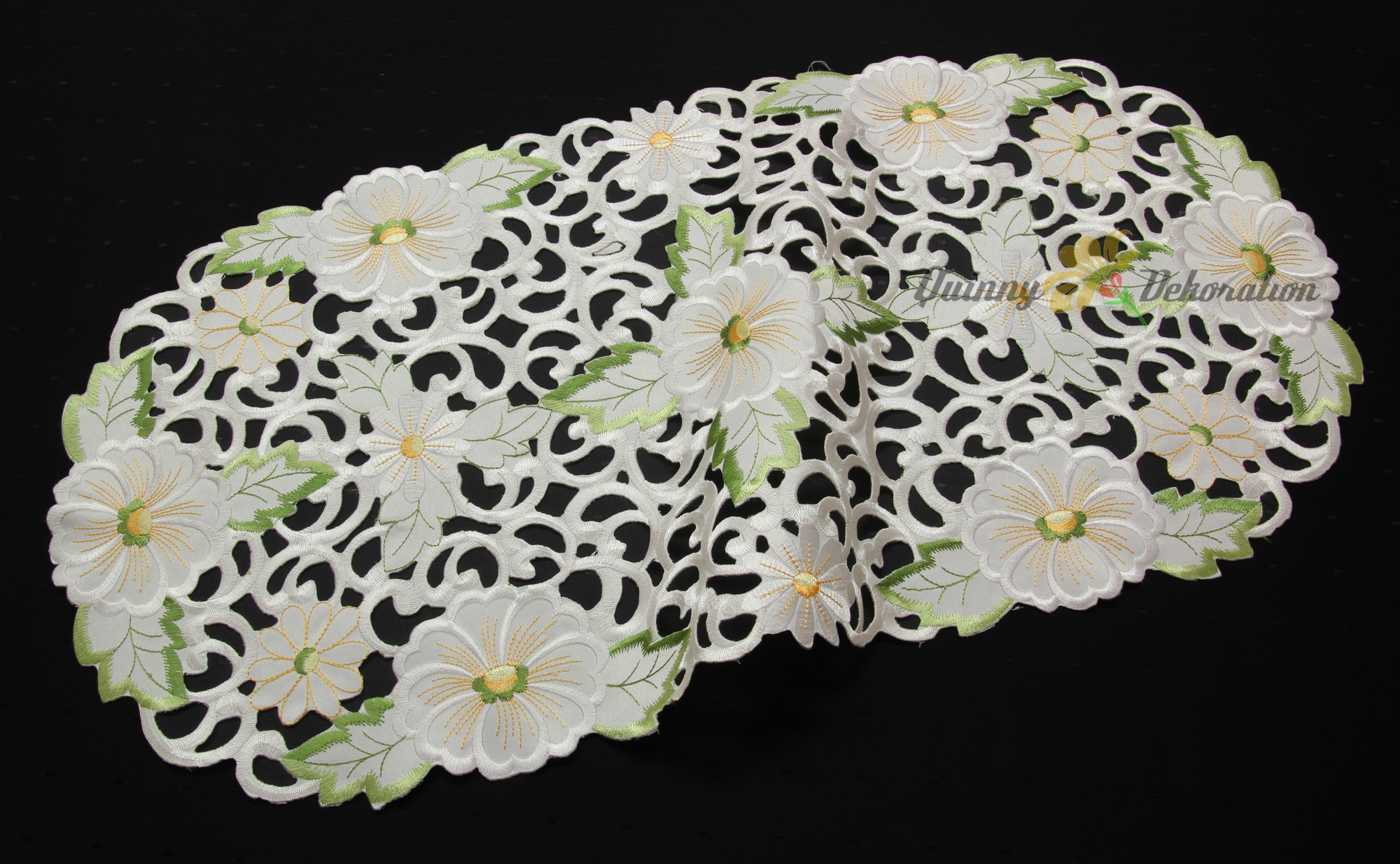 Charming Doily Table Runner Tablecloth White With Cutwork Openwork Embroidery Ebay